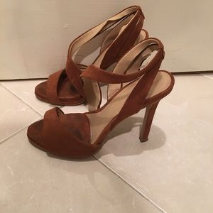 ZARA | Camel Side-CutOut Sandals